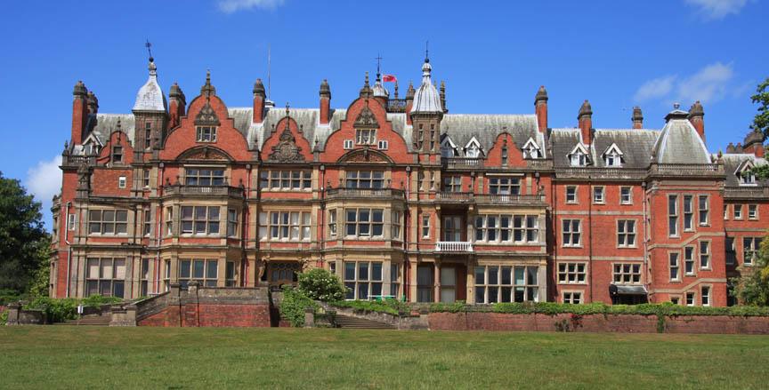 Bearwood  >> Midsomer Murders Locations Bearwood College Berkshire
