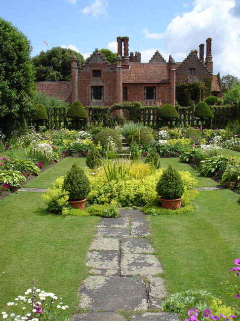 Midsomer Murders Locations Chenies Manor Buckinghamshire